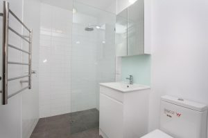 frameless sliding shower screen Melbourne