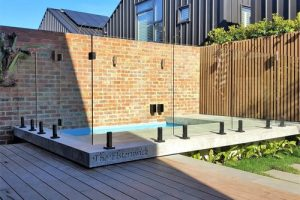 glass pool fencing installers Melbourne